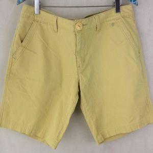 Levi's Butter Yellow Cotton Bermuda Shorts 14